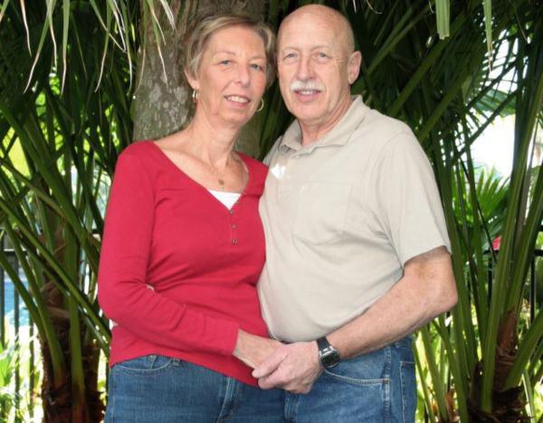 Image of Diane Pol with her husband, Dr. Jan Pol