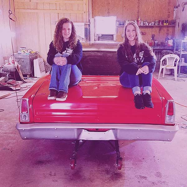 Image of Tricia Day and Precious Cooper from Street Outlaws
